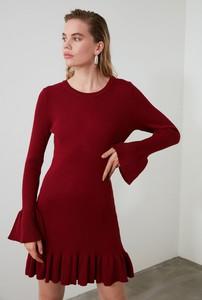 Sukienka Trendyol z okrągłym dekoltem
