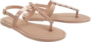 Brązowe sandały Melissa z klamrami z płaską podeszwą