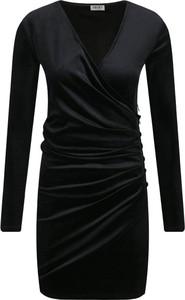 Czarna sukienka Liu-Jo dopasowana z długim rękawem