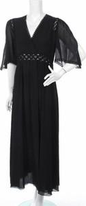 Sukienka Chacok z dekoltem w kształcie litery v