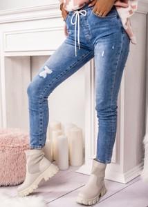Niebieskie jeansy Fason z jeansu