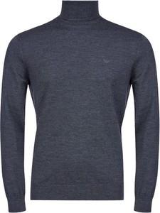 Niebieski sweter Emporio Armani z golfem