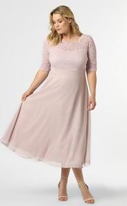 Różowa sukienka Swing Curve dla puszystych z długim rękawem z okrągłym dekoltem