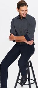 Granatowa koszula Top Secret z klasycznym kołnierzykiem