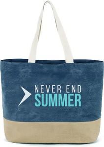 Niebieska torebka Outhorn duża w wakacyjnym stylu na ramię