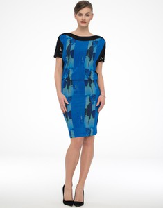 Niebieska sukienka POTIS & VERSO z krótkim rękawem z okrągłym dekoltem