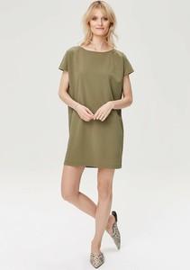 Zielona sukienka FEMESTAGE Eva Minge z krótkim rękawem w stylu casual oversize