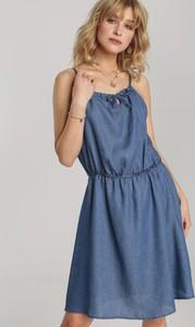 Niebieska sukienka Renee rozkloszowana