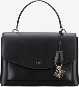 67e389317989c Czarna torebka DKNY do ręki ze skóry