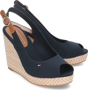 e8b9232f85b5a tommy hilfiger buty damskie koturny - stylowo i modnie z Allani