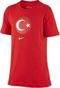 T-shirt Nike z nadrukiem w sportowym stylu
