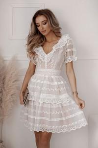 Sukienka Shopaholics Dream mini z krótkim rękawem z dekoltem w kształcie litery v