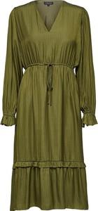 Sukienka Selected Femme midi w stylu casual z dekoltem w kształcie litery v