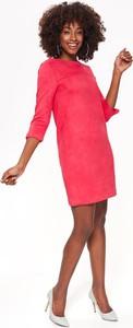 Różowa sukienka Top Secret mini z zamszu z okrągłym dekoltem