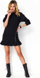 Sukienka Makadamia mini w stylu casual z długim rękawem