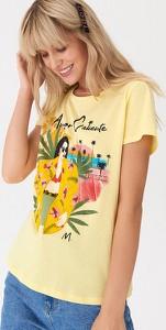 Żółty t-shirt House w młodzieżowym stylu z okrągłym dekoltem