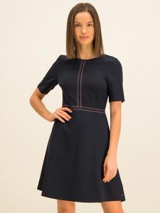 Czarna sukienka Tommy Hilfiger z krótkim rękawem w stylu casual