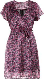 Sukienka born2be z krótkim rękawem mini