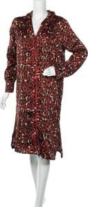 Czerwona sukienka Love & Divine z dekoltem w kształcie litery v