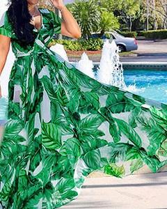 Zielona sukienka Kendallme z dekoltem w kształcie litery v z krótkim rękawem trapezowa