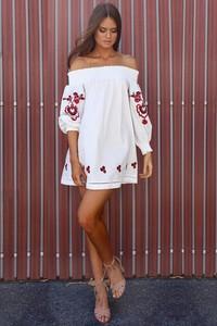 Sukienka Ivet.pl w stylu casual mini z długim rękawem