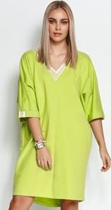 Zielona sukienka Makadamia z bawełny z dekoltem w kształcie litery v z długim rękawem