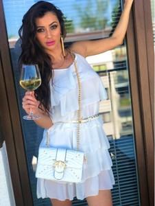 Sukienka Smlfashion.pl z okrągłym dekoltem mini z długim rękawem