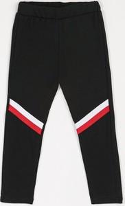 Czarne spodnie dziecięce born2be
