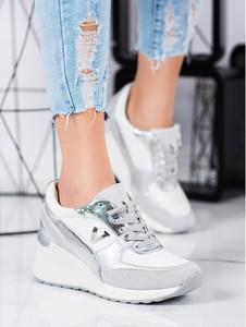 Buty sportowe Vinceza sznurowane