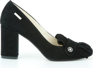 Czarne czółenka Zapato w stylu boho