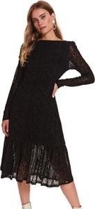 Sukienka Top Secret w stylu casual z okrągłym dekoltem koszulowa