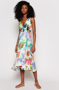 Sukienka Desigual z dekoltem w kształcie litery v