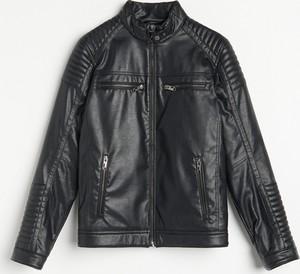 Czarna kurtka Reserved krótka w młodzieżowym stylu