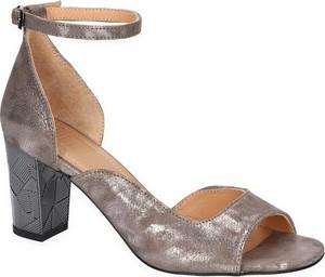 Sandały SIMEN z klamrami z nubuku