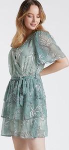 Zielona sukienka Monnari z krótkim rękawem mini