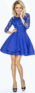 Niebieska sukienka Imesia z okrągłym dekoltem rozkloszowana