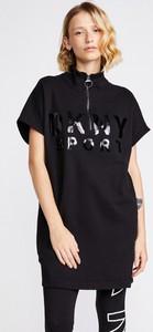 Czarna sukienka DKNY z bawełny z krótkim rękawem
