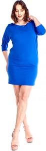Niebieska sukienka omnido.pl z długim rękawem z okrągłym dekoltem