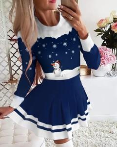 Sukienka Kendallme w bożonarodzeniowy wzór z bawełny