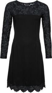 Czarna sukienka bonprix BODYFLIRT z długim rękawem w rockowym stylu