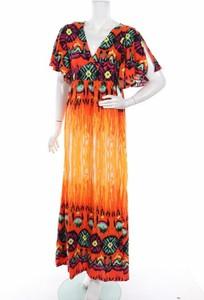 Sukienka Anany z dekoltem w kształcie litery v z krótkim rękawem w stylu casual