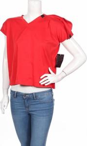 Czerwona bluzka Adidas w stylu casual