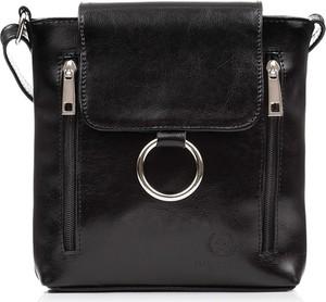 Czarna torebka Paolo Peruzzi ze skóry na ramię