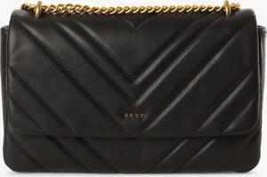 Czarna torebka DKNY w stylu glamour pikowana