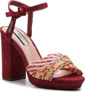 Czerwone sandały Pepe Jeans ze skóry ekologicznej na wysokim obcasie