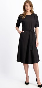 Sukienka Lavard midi z okrągłym dekoltem