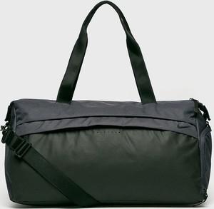 e7252eb54c9f7 nike torba czarna - stylowo i modnie z Allani