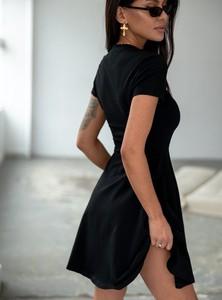 Czarna sukienka SELFIEROOM mini