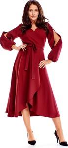 Sukienka Ptakmoda.com z tkaniny maxi z długim rękawem