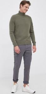 Zielony sweter C.P. Company z wełny z golfem w stylu casual